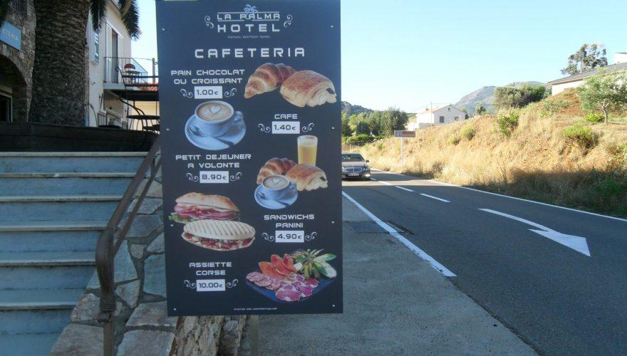 Panneau informationnel hôtel-restaurant la Palma à Patrimonio ( Corse)