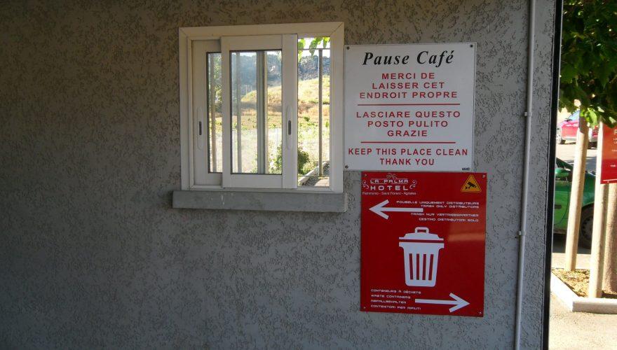 Panneaux réalisés pour l'hôtel LA PALMA à Patrimonio ( Corse) par l'agence PANO/Corse Régipub à Biguglia
