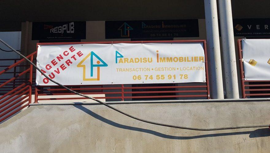 Réalisation - de 24h banderole pour Paradisu Immobilier Ile Rousse par l'équipe de l'agence PANO Biguglia! Commandez vos banderoles chez PANO!!!! 04 95 32 11 11