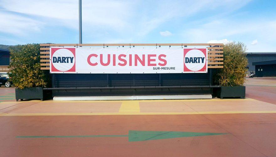 Nouvelle banderole pour Darty Ajaccio par l'équipe Pano Bastia