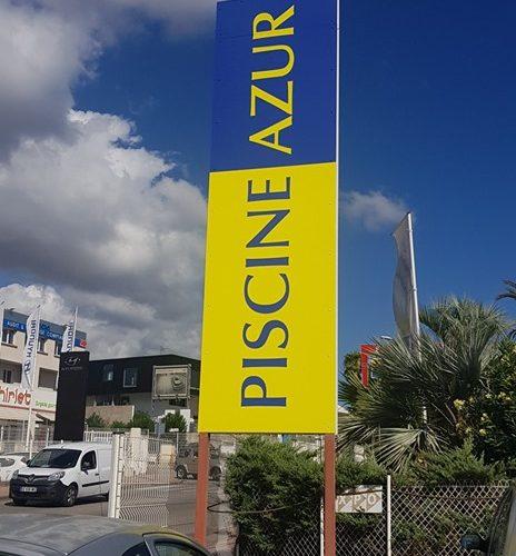 Création et pose de panneaux en dibond pour Piscine Azur Les maîtres Pisciniers à Ajaccio ! 🔴 #PANO #Bastia #Ajaccio #Sign #communication