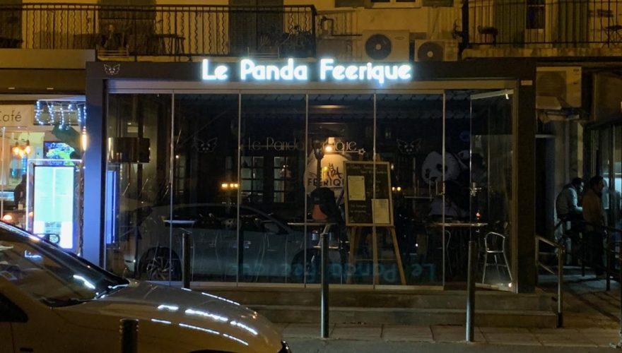 Réalisation et pose enseigne lumineuse pour le Panda Féerique à Bastia par l'équipe PANO Bastia